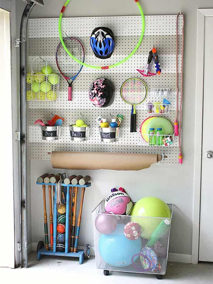 The top 4 Solutions to a cluttered garage