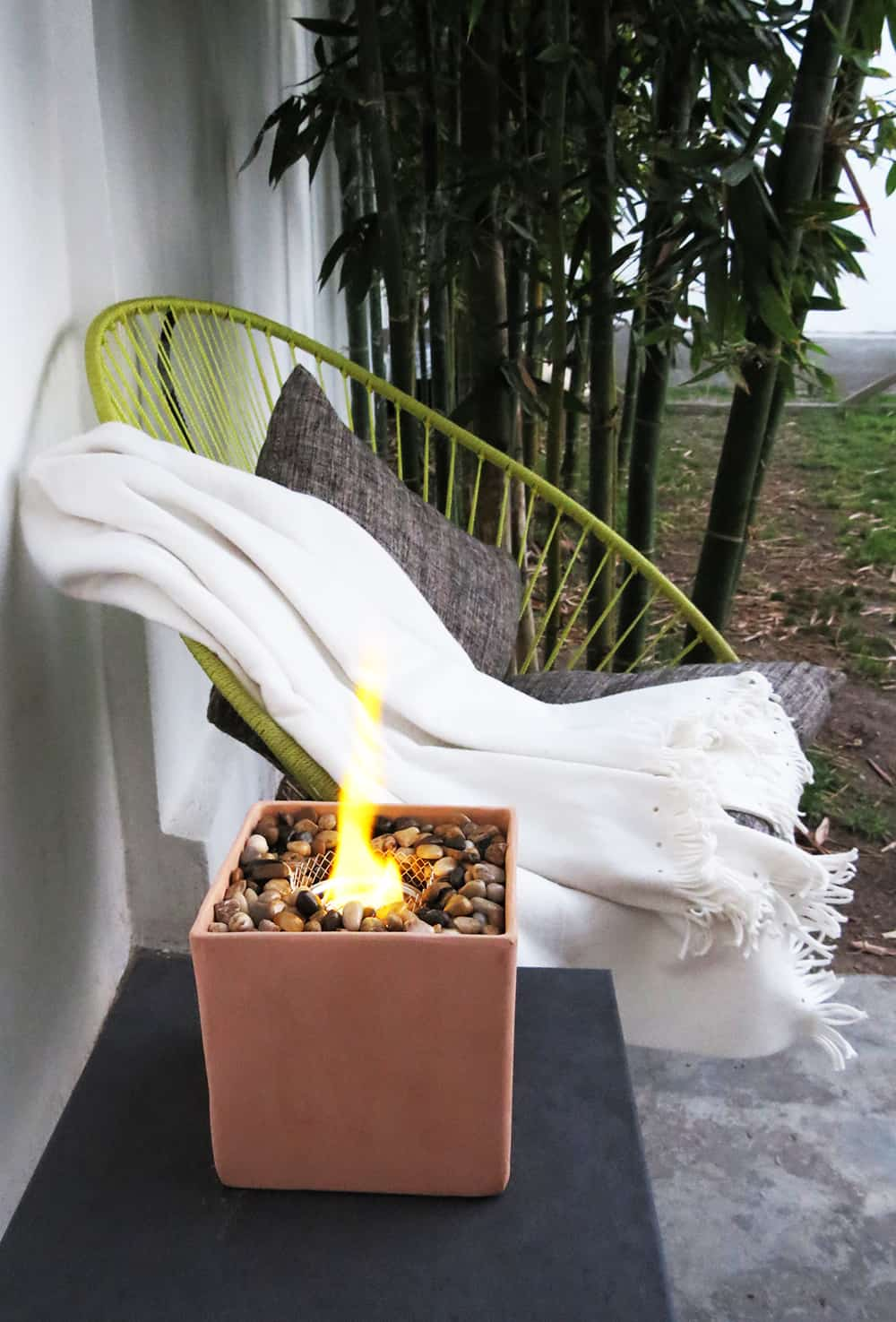 The easy way to make a table fire pit