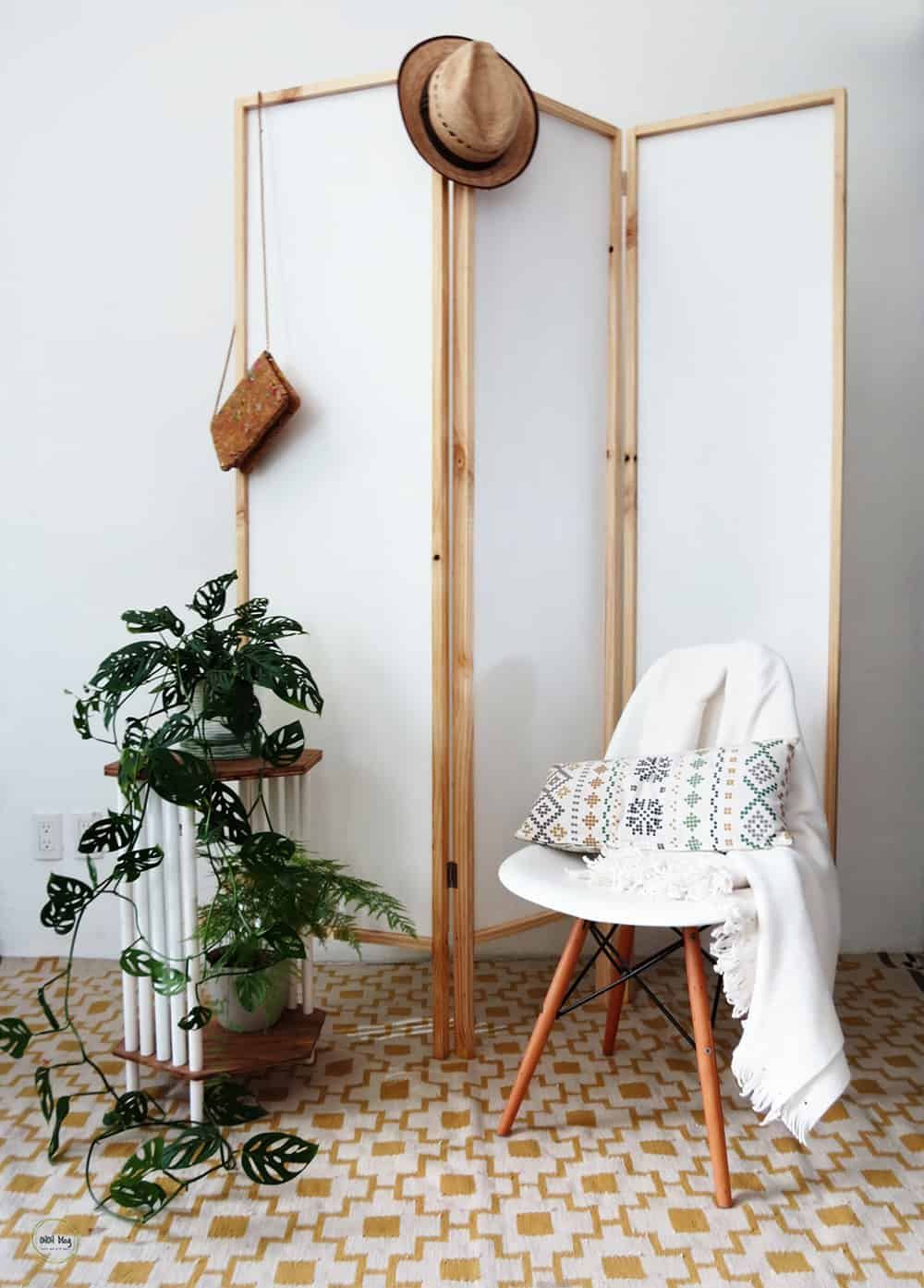 How to easily build a room divider
