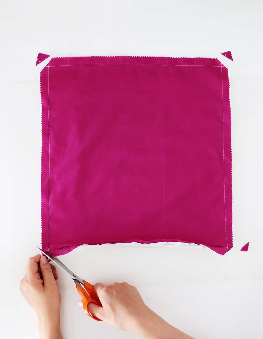 How to sew a zippered pillow cover - Ohoh Blog