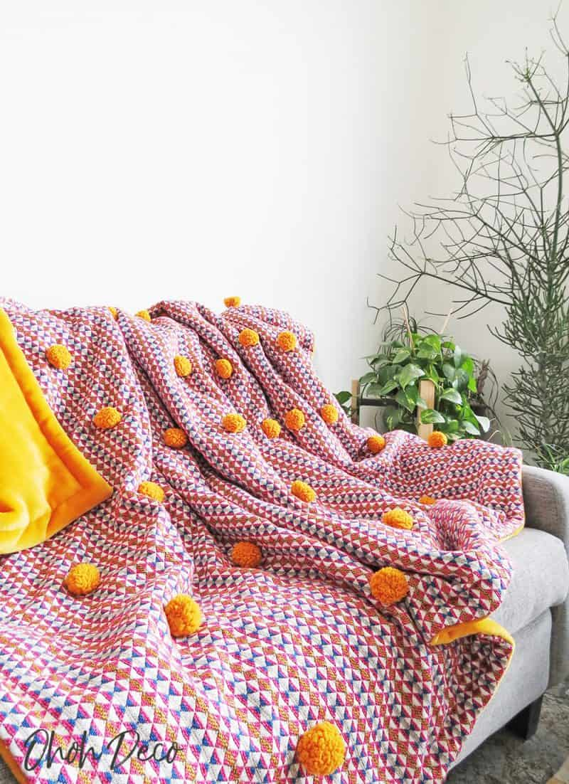 Get ready for winter sewing a pompoms blanket
