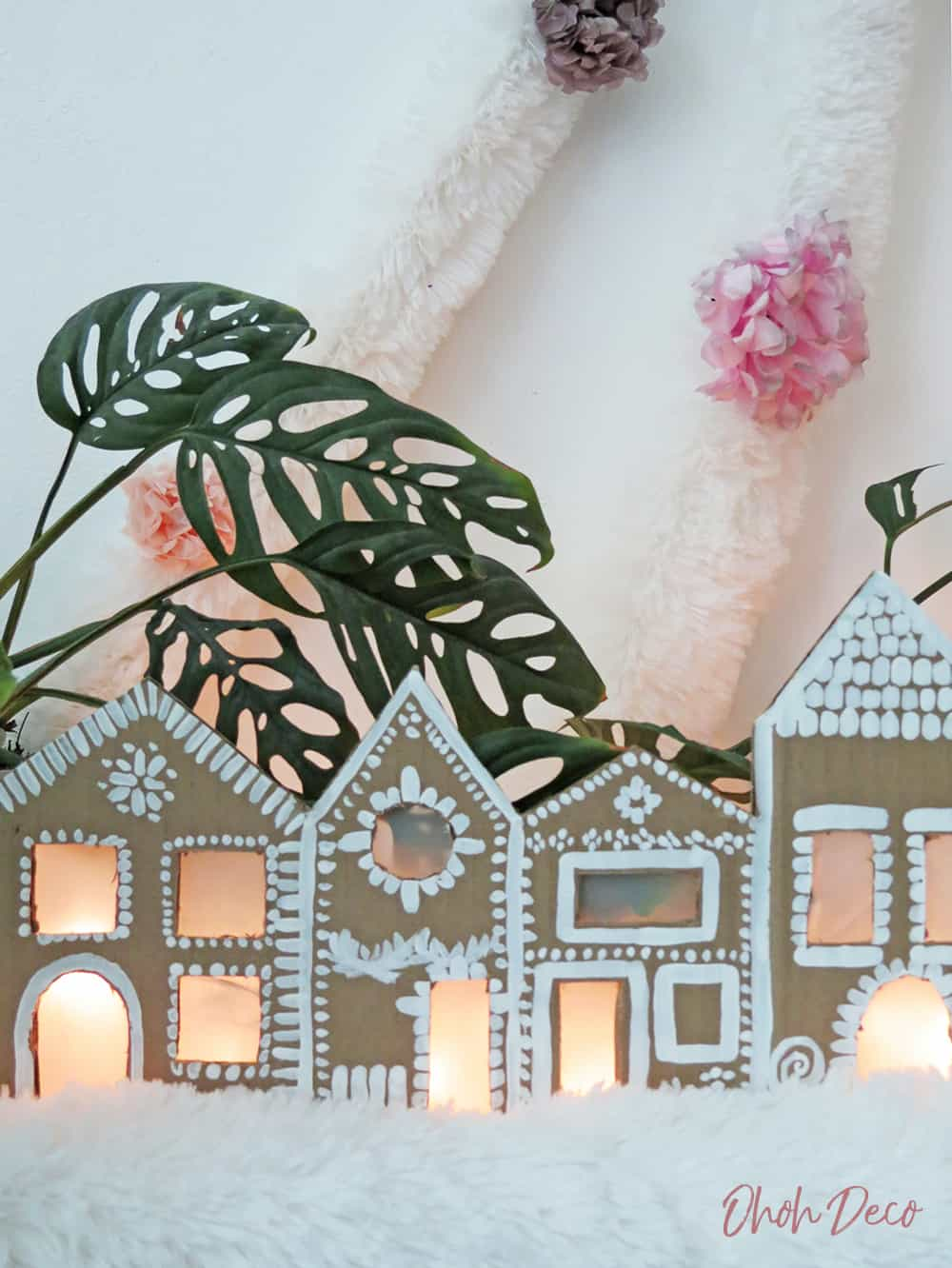 How to make a ginger house decor with recycled cardboard