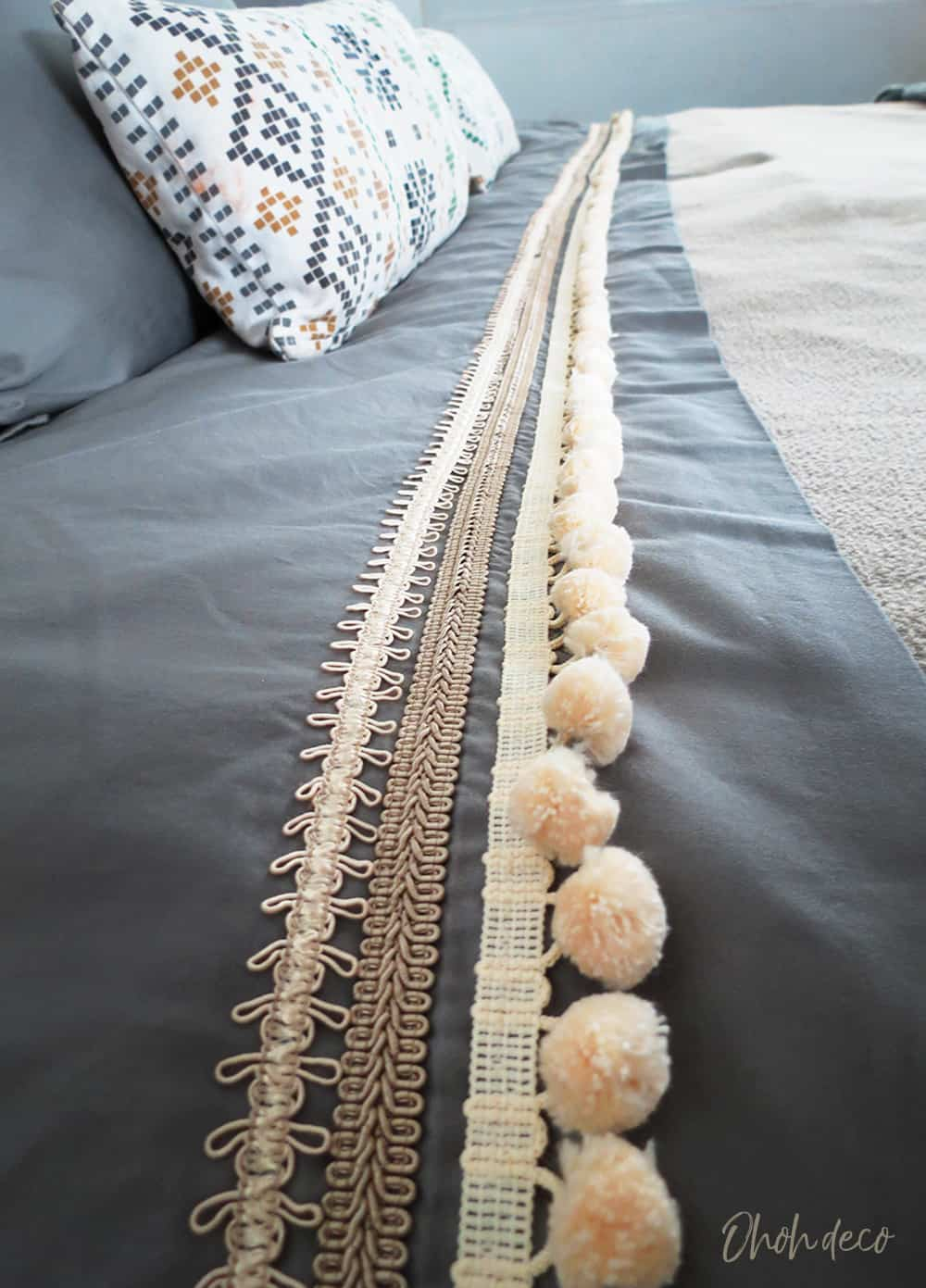 bed sheets with pom poms
