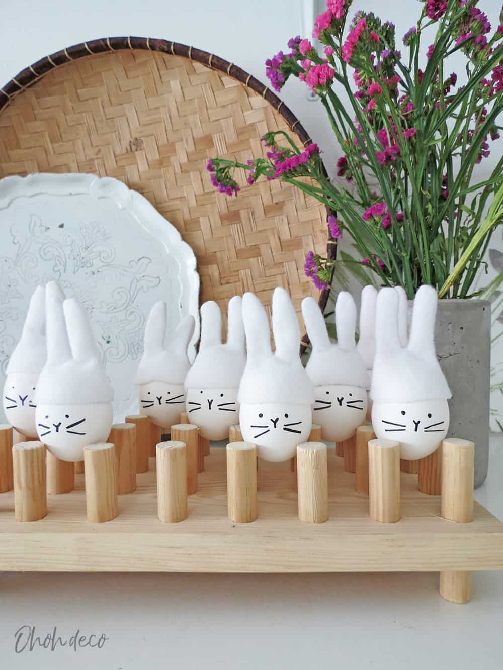 decorating bunny eggs