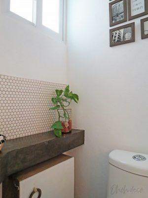 How to place a mosaic tiles backsplash