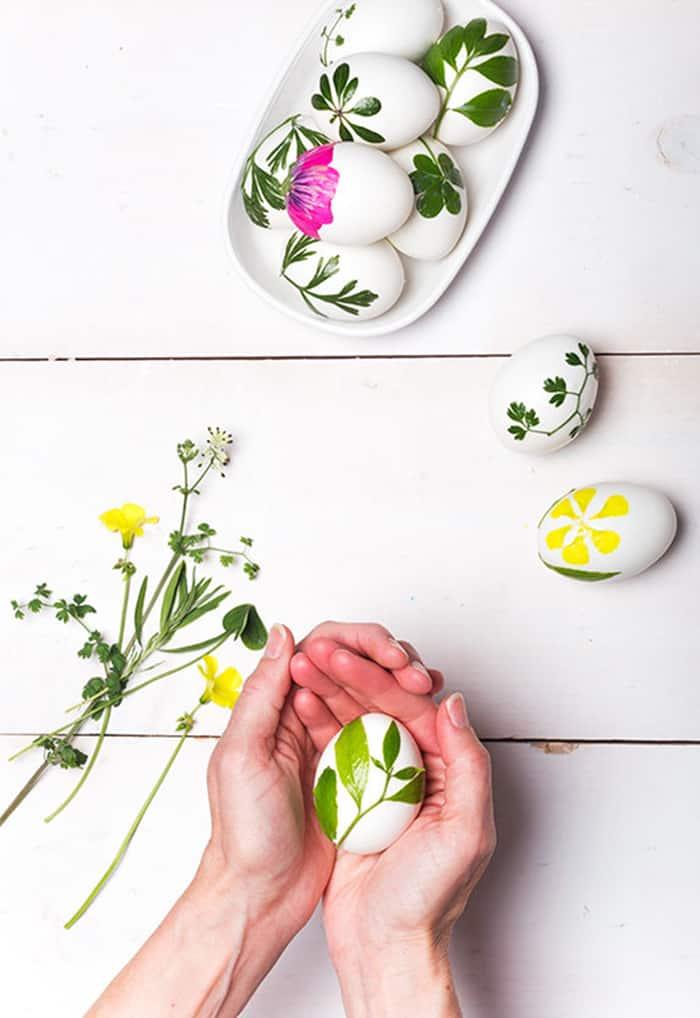 flower and foliage eggs decor