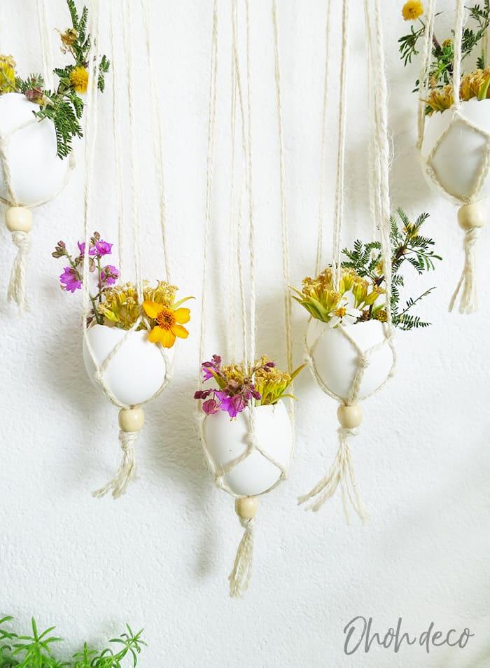 Diy wall hanging with eggshells