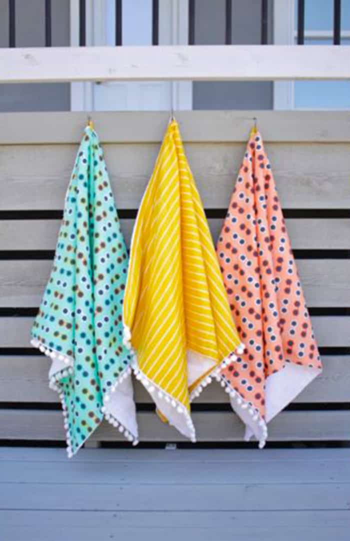 how to sew pompom trimed towels