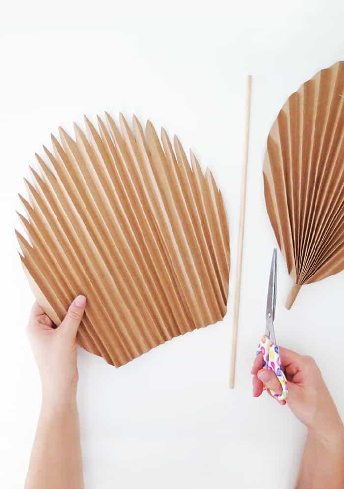 diy paper palm leaf with stem