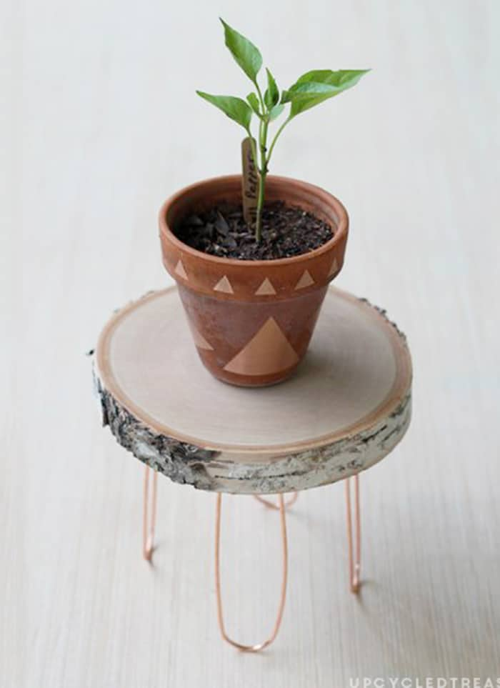 diy wood log plant stand