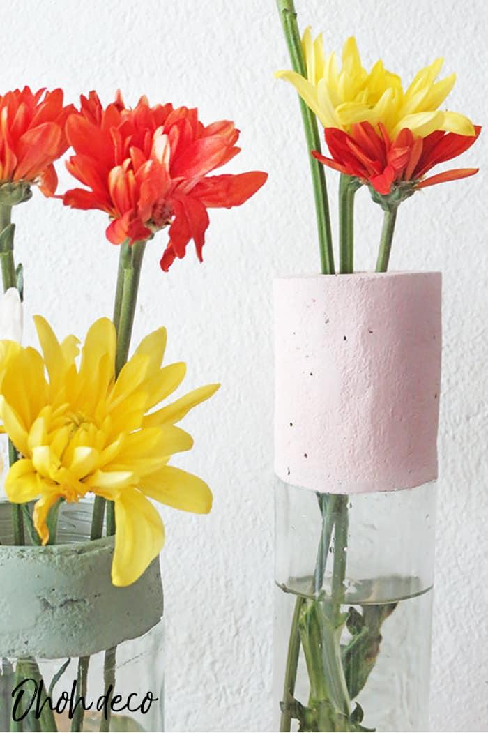 make flower vase with concrete