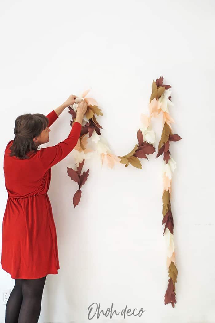 hanging fall leaf garland diy