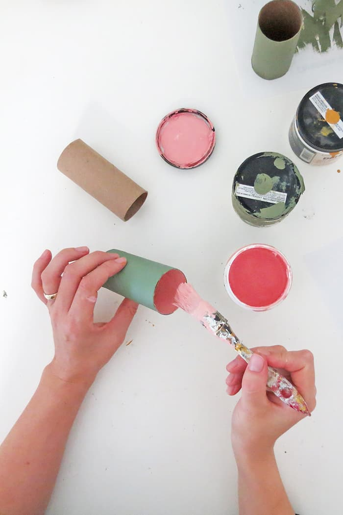 paint roll to make christmas ornaments