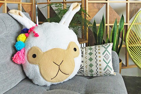 llama cushion pattern