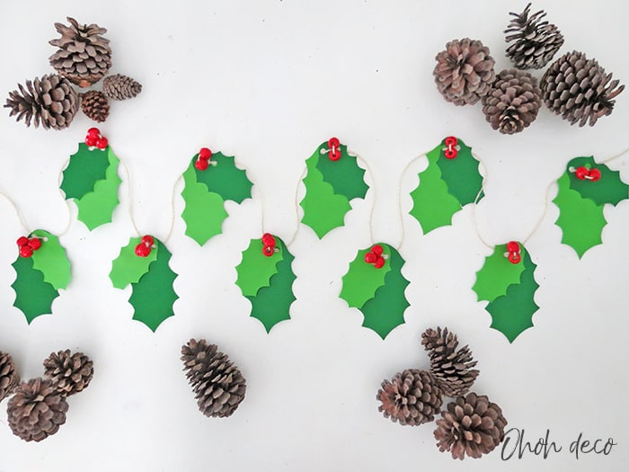 DIY easy Christmas garland