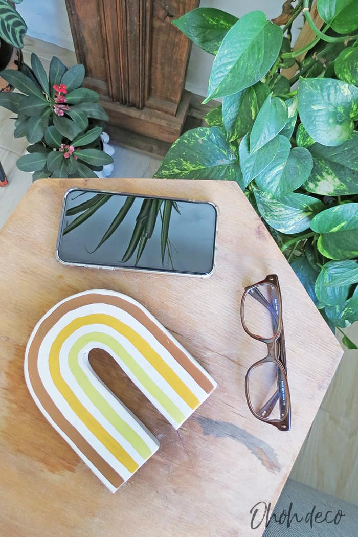 DIY cell phone stand