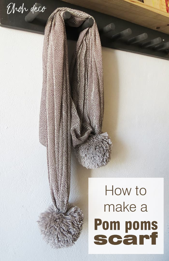 How to make a pom poms scarf
