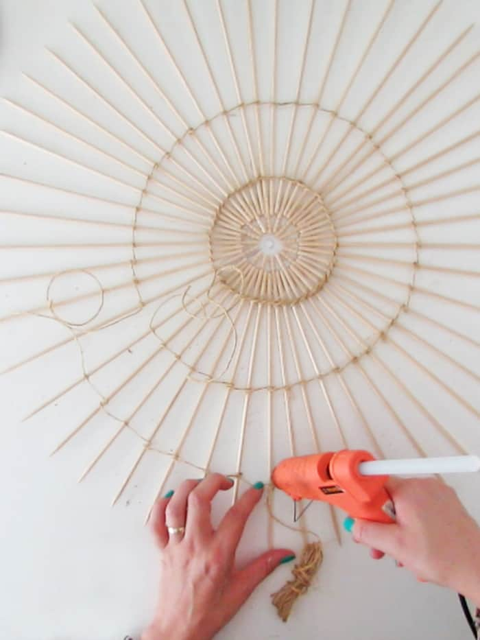 glue rope on the lampshade