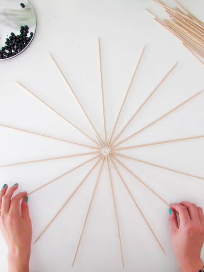 create a star with skewers