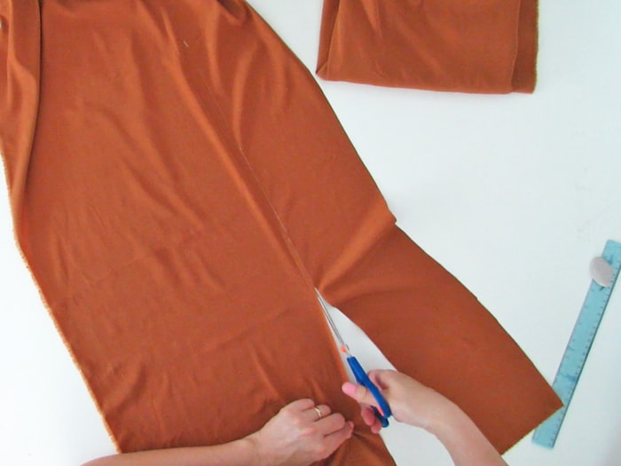Cut a strip t make the skirt belt