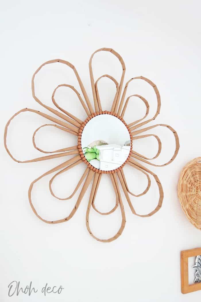 diy mirror frame decorating idea