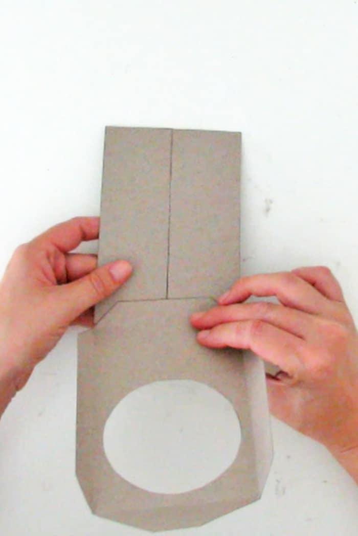 glue the diy paper frame
