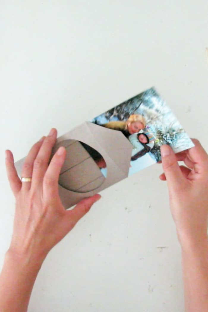 easy to make picture frame with paper